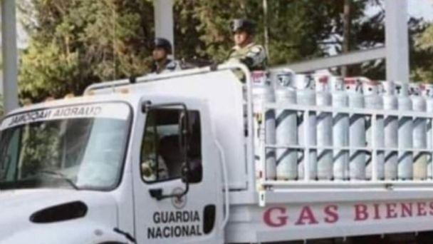 Ya está a la VENTA Gas Bienestar? La VERDAD detrás de FOTO de Guardia  Nacional repartiendo tanques | Terra Mexico